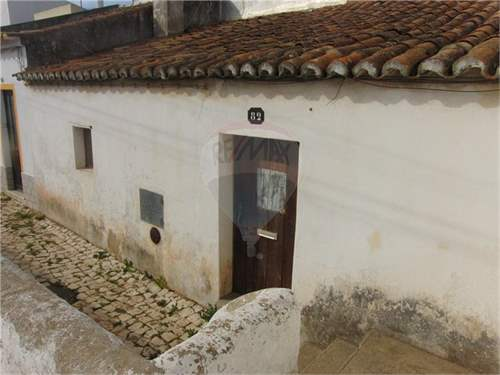 # 6244111 - £25,382 - 2 Bed Townhouse, Bensafrim, Faro region, Portugal
