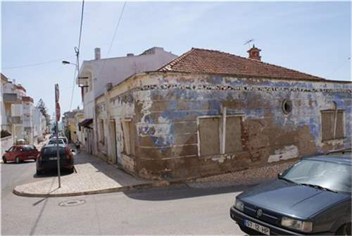 2 old houses for reconstruction in Praia da Luz, ALGARVE – ID: 6244114_img_2