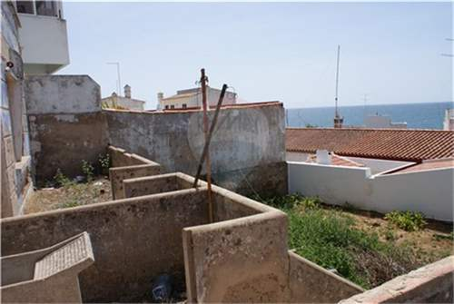 2 old houses for reconstruction in Praia da Luz, ALGARVE – ID: 6244114_img_7