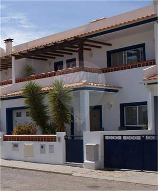 # 8330699 - £168,911 - 3 Bed Townhouse, Burgau, Faro region, Portugal