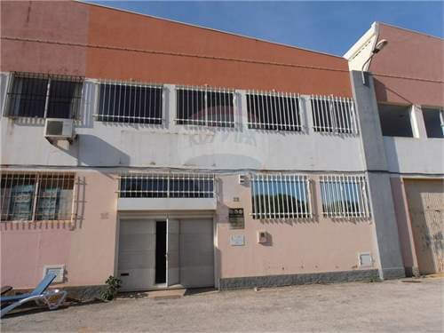 # 9552787 - £118,489 - Warehouse, Lagos, Faro region, Portugal