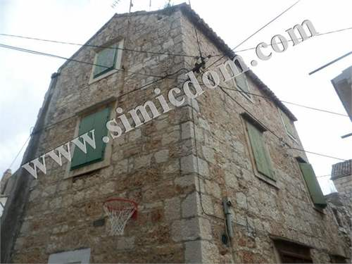 # 11318854 - £70,021 - 4 Bed House, Vis, Grad Vis, Split-Dalmatia, Croatia