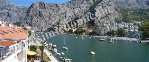 # 11954670 - £108,123 - 2 Bed Flat, Omis, Split-Dalmatia, Croatia