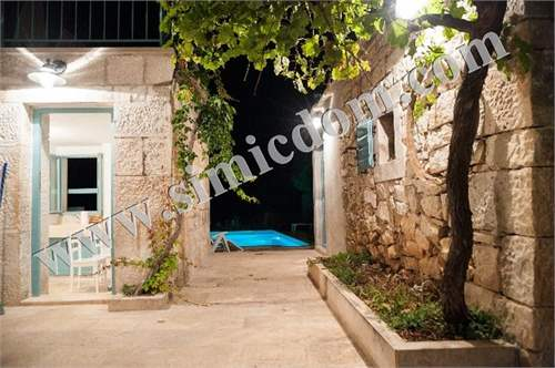 # 15641249 - £164,335 - Prefabricated House, Otok Brac, Split-Dalmatia, Croatia