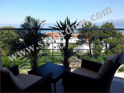 # 17224973 - £90,850 - 2 Bed Flat, Supetar, Split-Dalmatia, Croatia