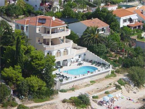 Croatian Real Estate #7492509 - &pound;1,517,040 - 5 Bed Villa