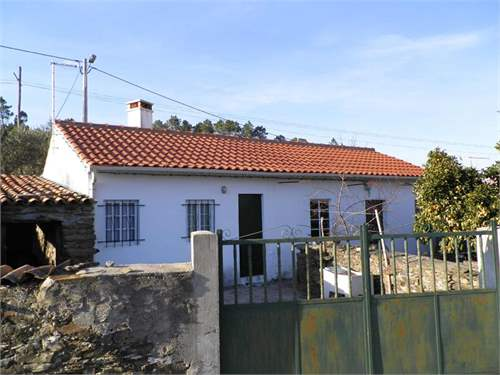 Portuguese Real Estate #7012735 - £29,966 - 2 Bed Villa