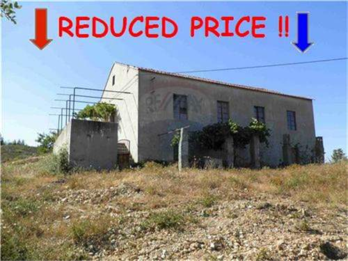 # 8878935 - £67,904 - 2 Bed Farmhouse, Vila de Rei, Castelo Branco, Portugal