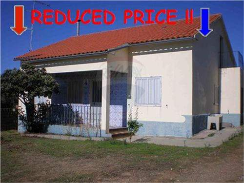 # 9390938 - £76,392 - 3 Bed Farmhouse, Idanha-a-Nova, Castelo Branco, Portugal