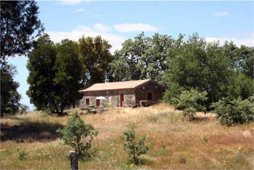 # 9462270 - £72,786 - 2 Bed Farmhouse, Penamacor, Castelo Branco, Portugal