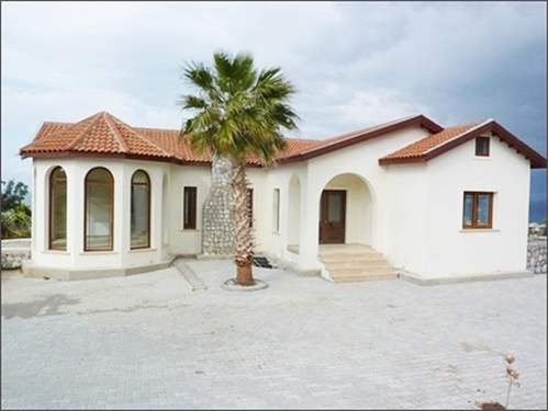 # 7578627 - £225,000 - 3 Bed Bungalow, Famagusta region, Cyprus