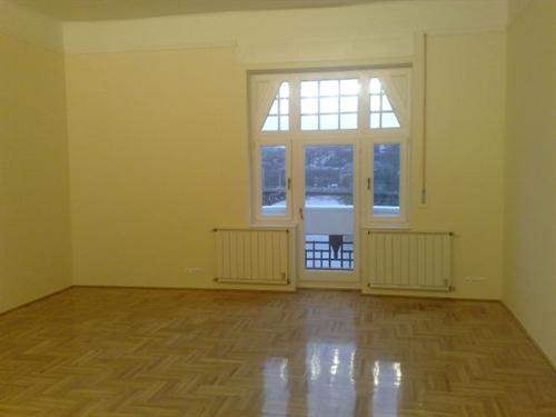 Hungarian Real Estate #5203865 - £267,933 - 3 Bed Flat