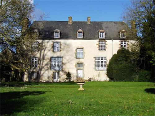 # 7792963 - £387,490 - 6 Bed Manor House, Ernee, Mayenne, Pays de la Loire, France